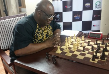DAN FOSTER LOSES TO DORIS ADEBAYO IN CELEBRITY CHESS CHALLENGE